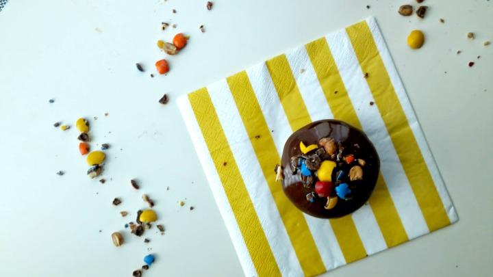 chocolate MnM cupcakes with Chocolate ganache 8