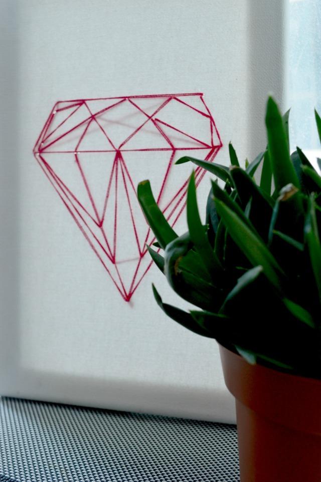 easy DIY diamond string art 8