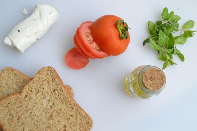 Grilled Halloumi Sandwich 6